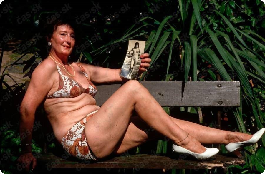 Micheline bikiniben jó pár évvel később -